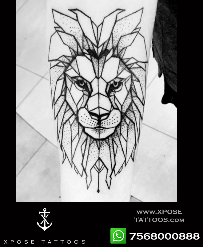 geometricsl lion tattoo